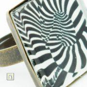 Vasarely zebrás gyűrű